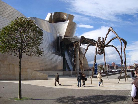 Museo-Guggenheim-Bilbao-exterior