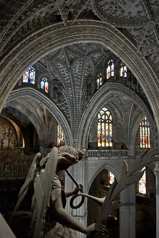 interior-da-catedral