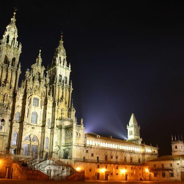 Os caminhos de Santiago de Compostela
