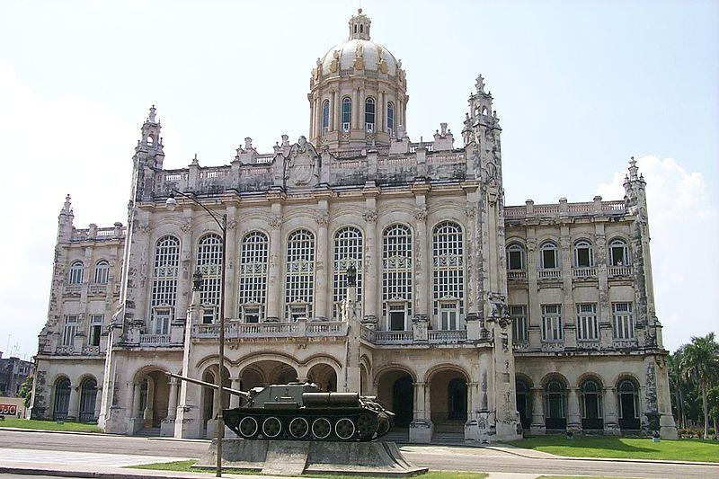 800px-Museum_of_Revolution_Cuba